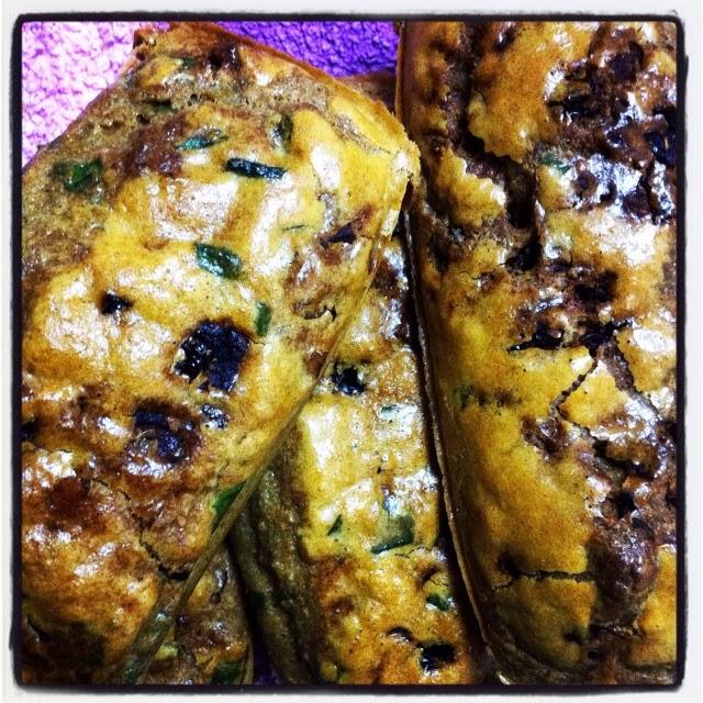 לחם כשר לפסח - לחם עגבניות מיובשות ועשבי תיבול