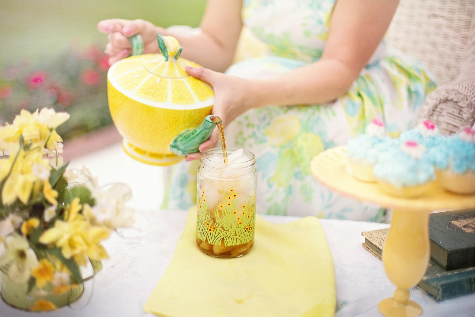 מסיבת תה ועוגיות