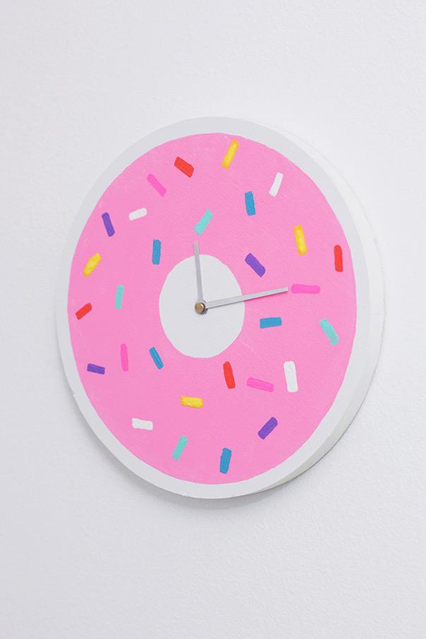 סופגניות ללא קלוריות - שעון מתוק במיוחד