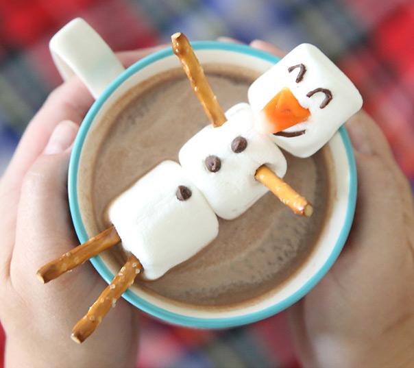 רוצה לבנות איש שלג? - שוקו חם ומרשמלו
