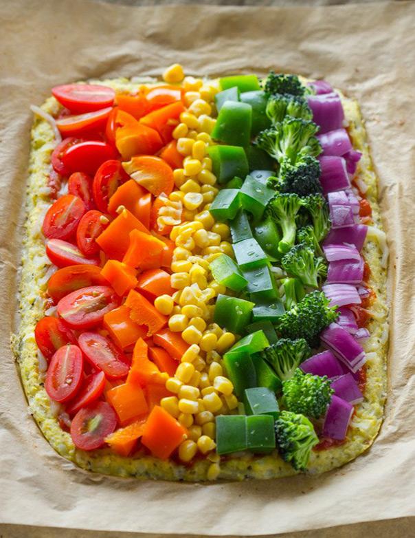 פיצה עם כל צבעי הקשת