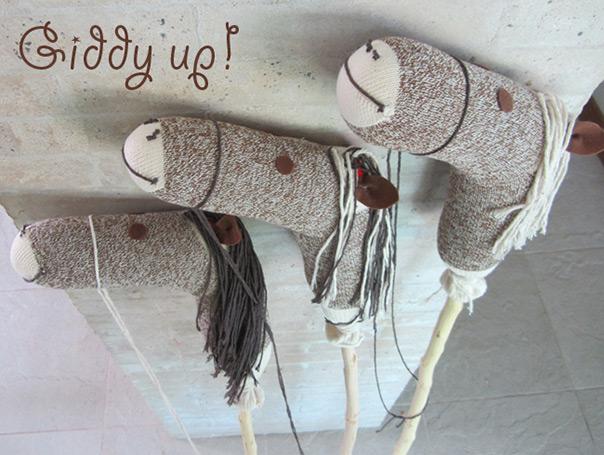 סוס על מקל מגרביים