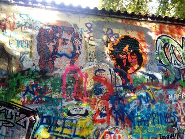 פראג - הקיר של ג'ון לנון