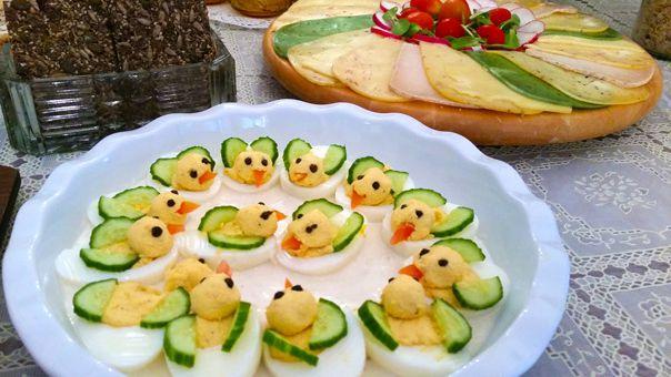 ביצים ברווזיות - מתכון למעדן שגונב את ההצגה